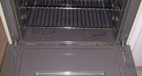 Residential Cleaning – Oven – After
